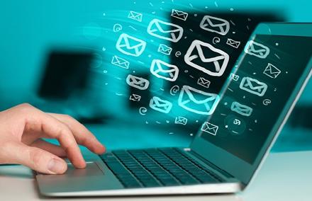 Проверяем e-mail на валидность на PHP/jQuery